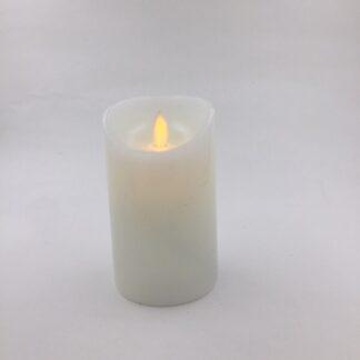 LED stearinlys højde 12,5 cm, Ø 7,5 cm med blafrende flamme